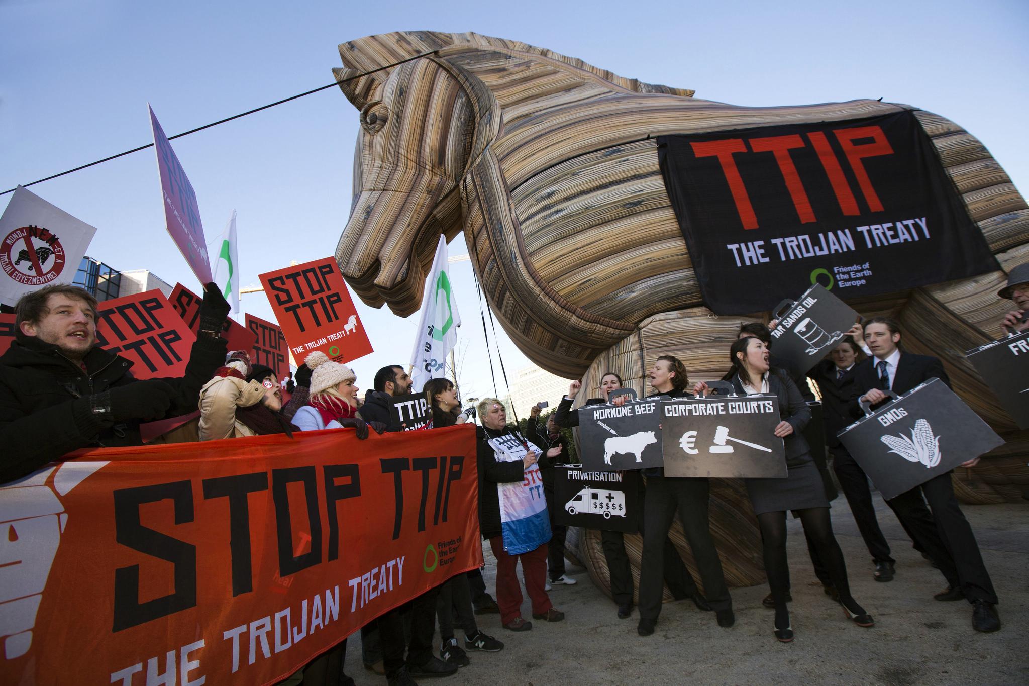 TTIP009