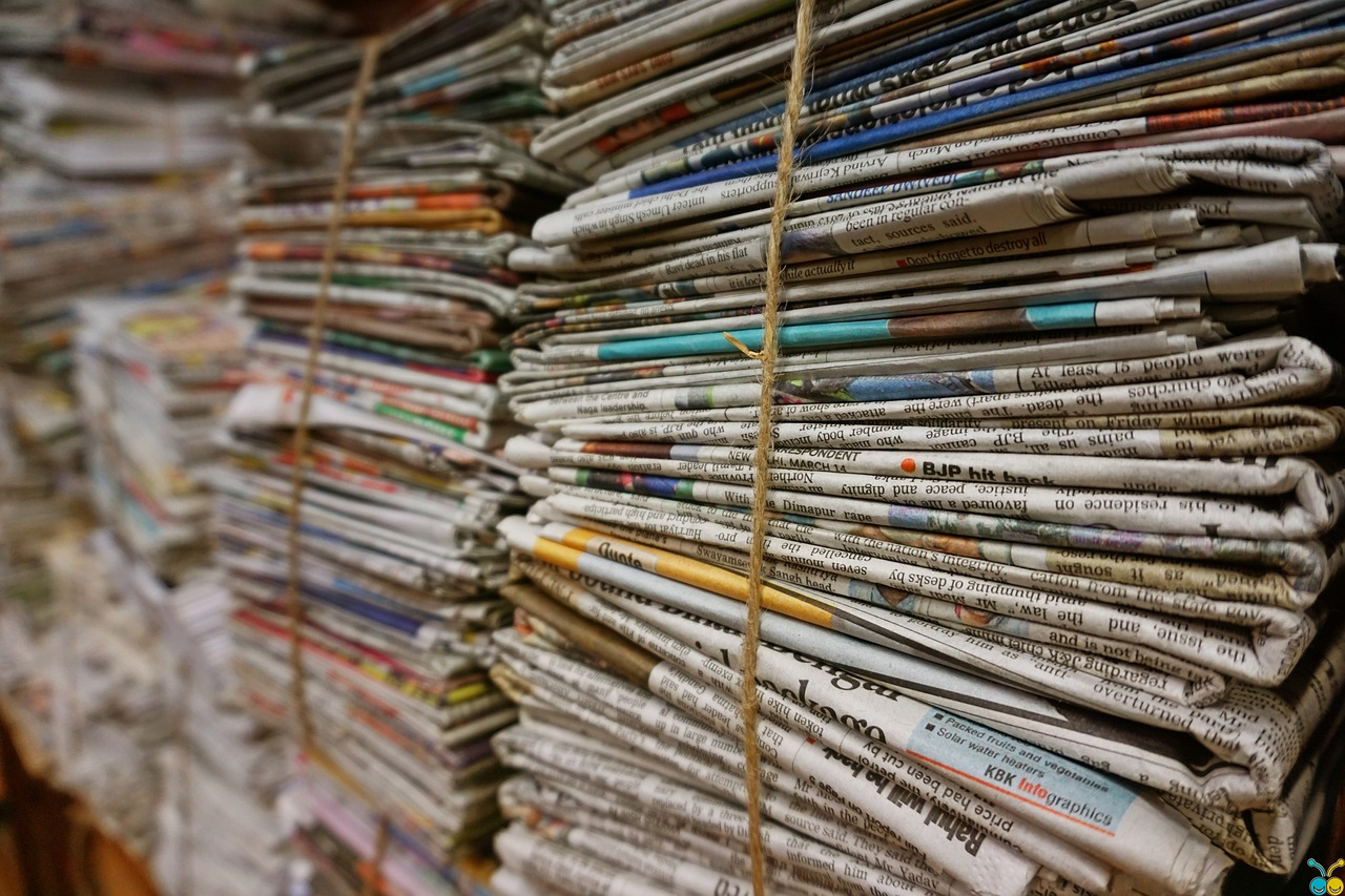 fake_news_newspaper
