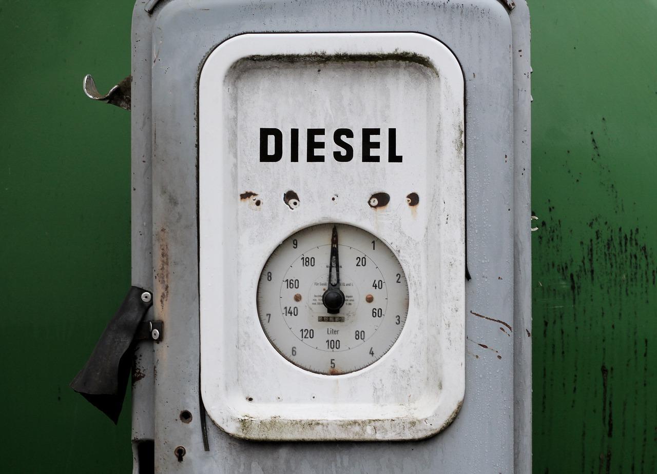 consumi petroliferi diesel
